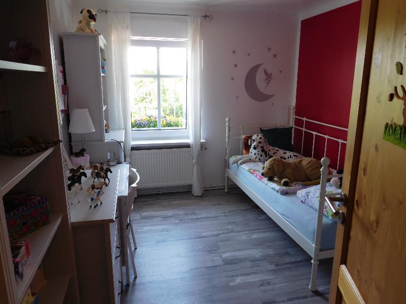 ...einem ersten Zimmer...