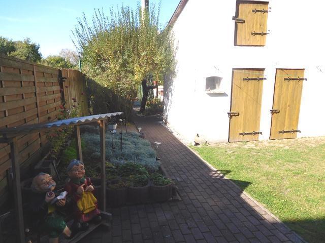 ...oder weiteren am Gartenhaus...