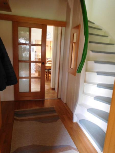 ...weiter zur Diele mit OG-Treppe...