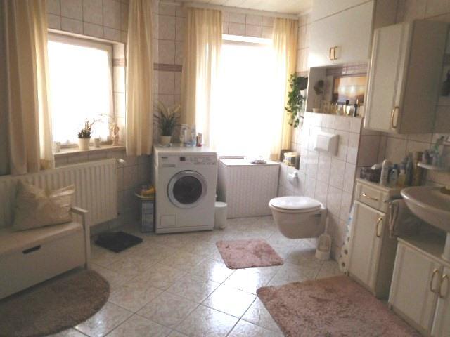 ...WC und Waschmaschinenanschluss...