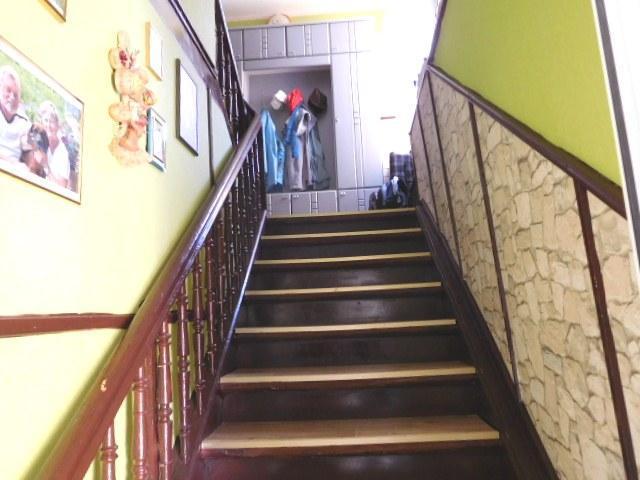 ...über die bequeme Treppe...