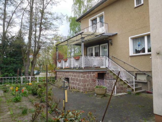 ...mit Balkon und Terrasse...
